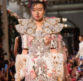 Dolce & Gabbana 于香港举行 Alta Moda 系列服装秀