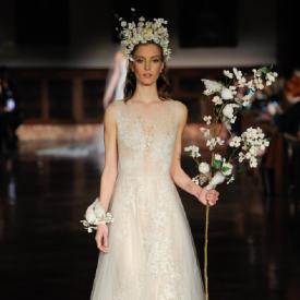 Reem Acra 2019 春季婚纱系列 繁花锦簇的优雅新娘